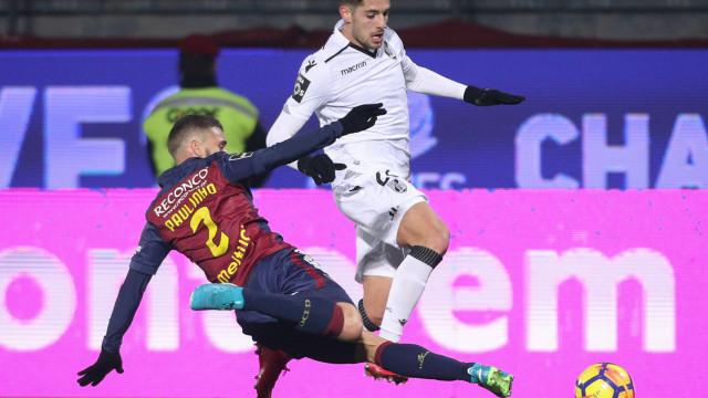 Chaves marca nos descontos e vence V. Guimarães num jogo com 7 golos