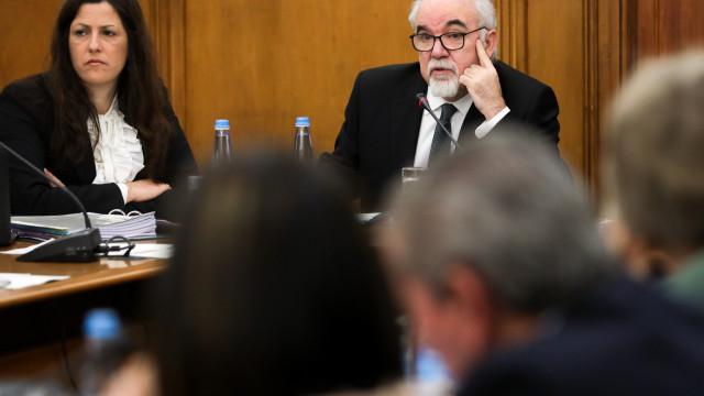Vieira da Silva admite que há setores onde faltam trabalhadores adequados