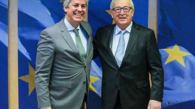 """Centeno defende expansão da zona euro na """"estreia"""" do Eurogrupo"""