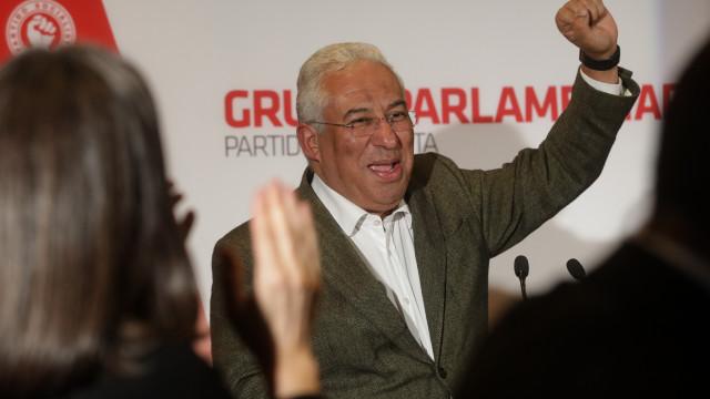 Costa desafia todos os partidos a aprovar descentralização até ao verão
