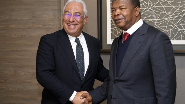 """Relações com Angola são """"fraternas"""" mas visitas continuam congeladas"""
