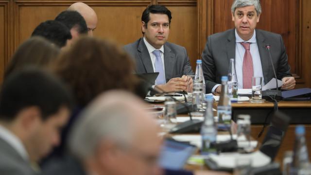 Ministro das Finanças diz que cativações ficaram nos 560 milhões em 2017