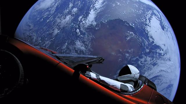 SpaceX: Milionário japonês vai ser o primeiro turista a viajar até à Lua