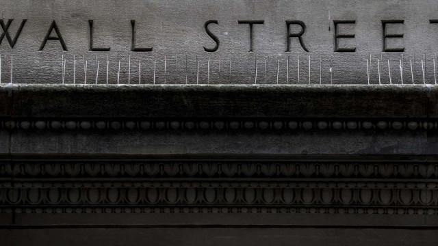 Wall Street cai com subida da taxa de juro no obrigacionista