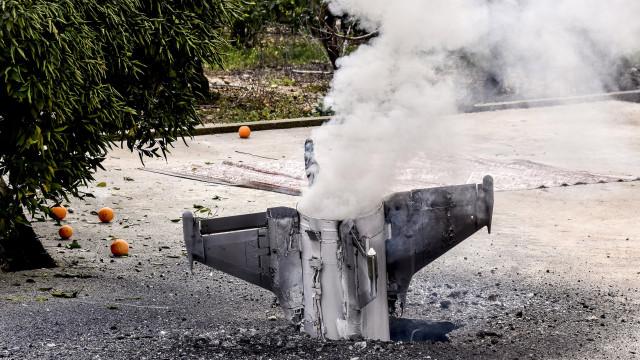 Líbano condena ataques israelitas e defende direito sírio à autodefesa