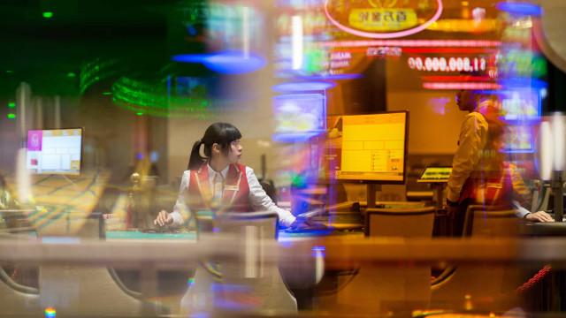 Macau arrecadou em nove meses 8,66 mil milhões em impostos sobre o jogo