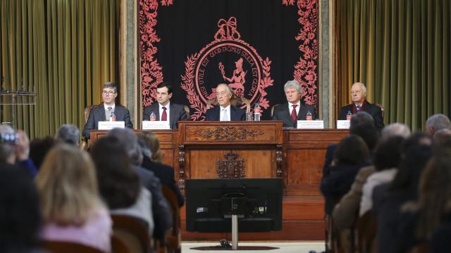 """Presidente da República apela à """"causa nacional"""" da dádiva de sangue"""