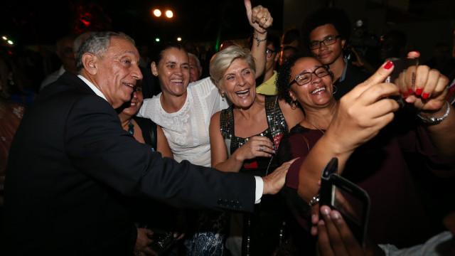 """Marcelo pede """"trabalho e dedicação"""" à comunidade portuguesa em São Tomé"""