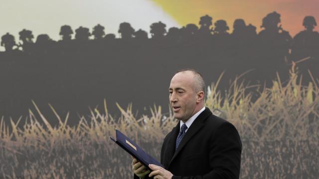 """Primeiro-ministro do Kosovo: Partilha do território conduzirá """"à guerra"""""""