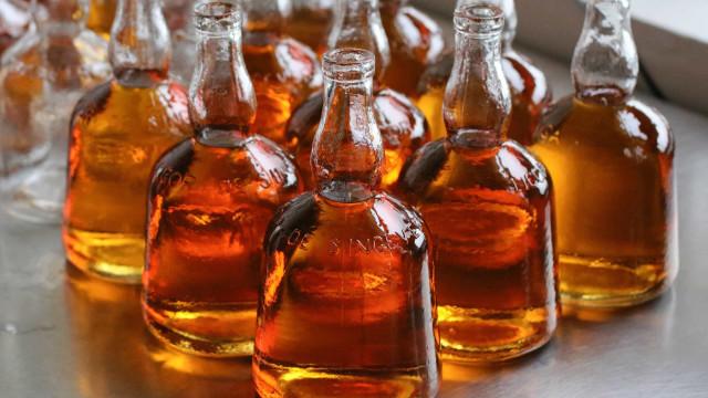 Brexit 'tramou' exportação de único licor monástico luso para Reino Unido