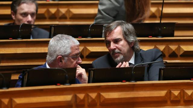 PSD quer Parlamento a falar sobre reprogramação dos fundos comunitários