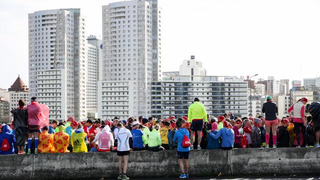 Lisboa: Maratona provoca constrangimentos de trânsito na zona ribeirinha