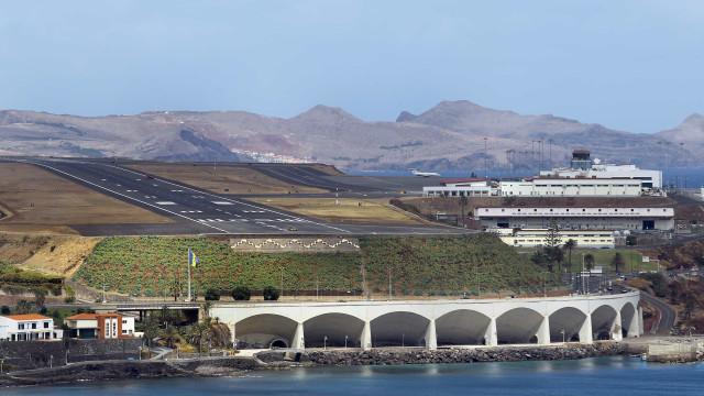 Mau tempo: Vento forte na Madeira cancela voos e faz divergir aviões