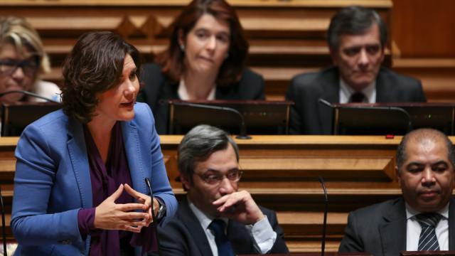 """CDS interpela Governo no parlamento sobre """"preparação da próxima época"""""""