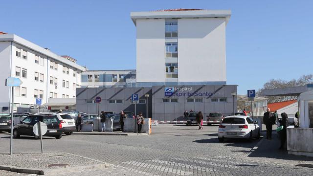 Idosa morre atropelada por ambulância no hospital. Inquérito aberto