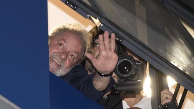 Lula continua favorito nas eleições presidenciais brasileiras