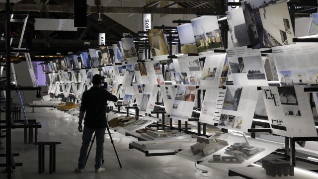 Exposição cruza 50 anos de arquitetura com contexto político do país