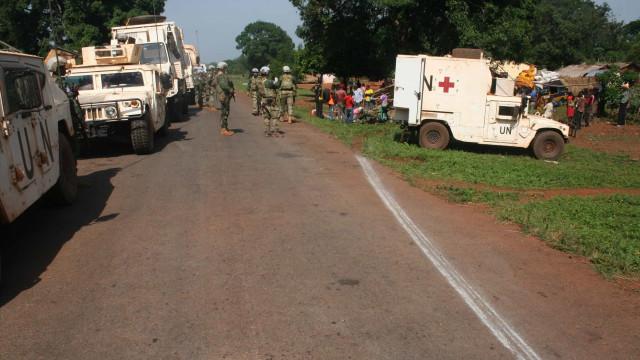 França rejeita iniciativa russa de paz para a República Centro-Africana