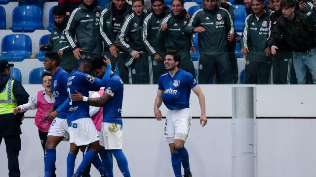 Feirense bate Vitória de Guimarães e ainda luta pela manutenção