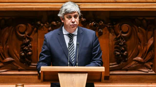 """Mário Centeno diz que """"não há folga orçamental"""""""