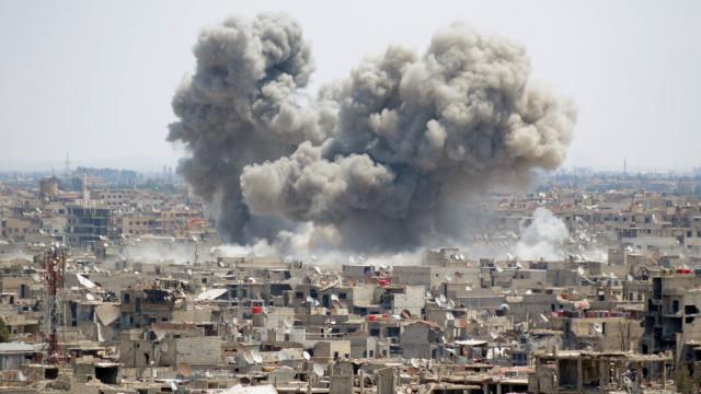 Síria: 150 mortos em nove dias de combates em Damasco