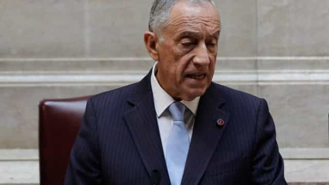 """Marcelo alerta para perigo de fenómenos de contestação """"contra partidos"""""""