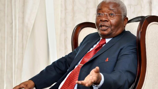 Advogado de Guebuza diz desconhecer eventual mandado sobre ex-presidente