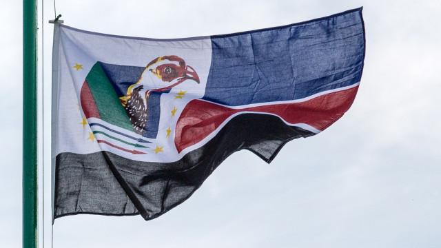 Elias Dhlakama candidato a líder da Renamo para fortalecer o partido