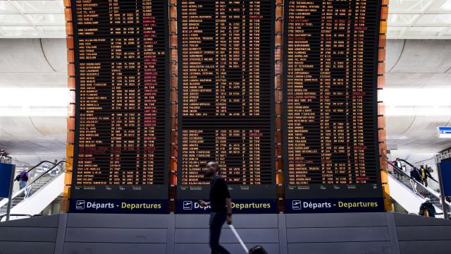 Greve em França cancela 44 voos de e para Portugal