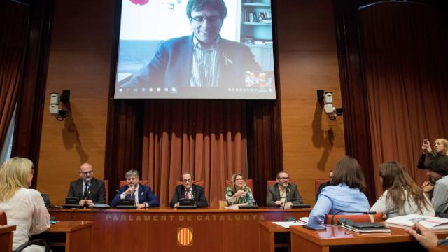 """Puidgemont afirma que novo Governo da Catalunha está """"em boas mãos"""""""