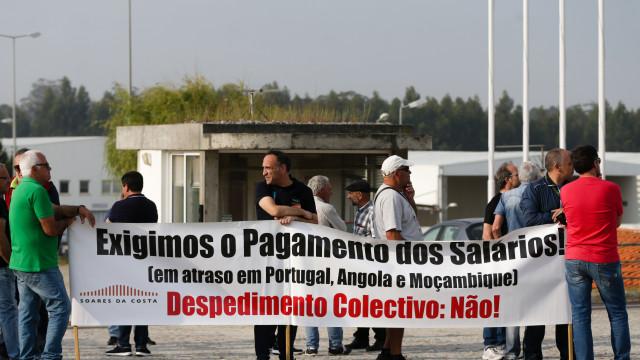 Trabalhadores da Soares da Costa exigem pagamento de salários