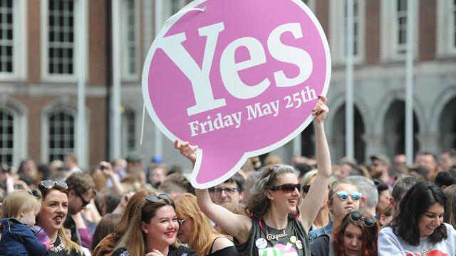 Irlanda: Primeiros resultados dão mais de 60% de votos para sim ao aborto