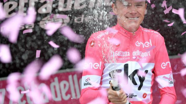 Chris Froome vence o Giro e reedita proeza dos lendários Merckx e Hinault