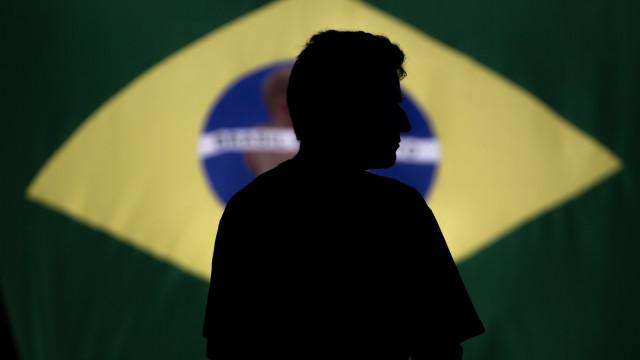 Polícia do Rio prende 15 criminosos em operação contra milícias