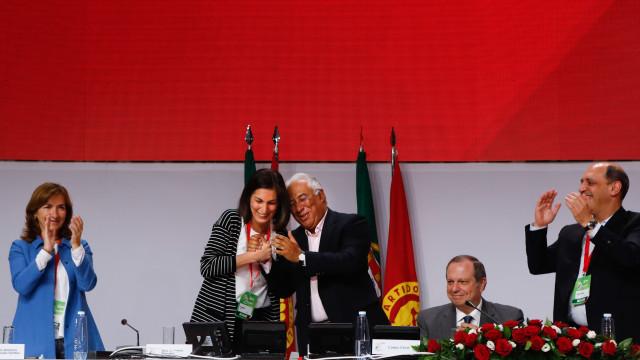 Aprovadas alterações de estatutos propostas por António Costa