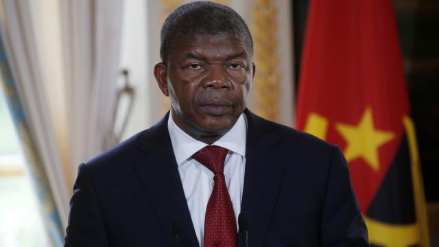 Presidente angolano exonera Comandante-Geral da Polícia Nacional