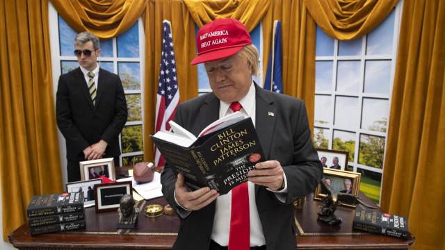 Chega às livrarias 'O Presidente Desapareceu' de Clinton e Patterson