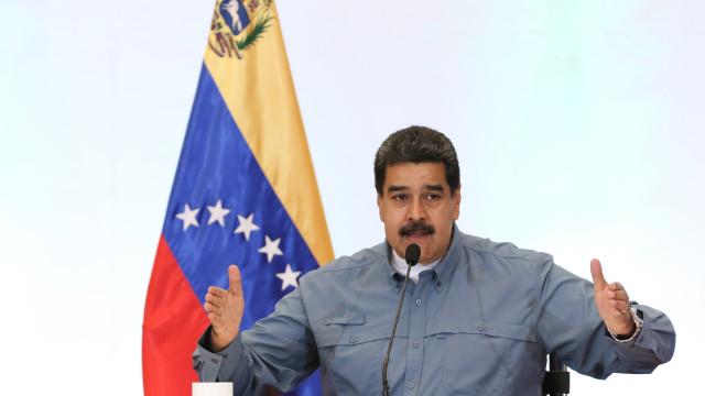 Presidente Nicolás Maduro anuncia aumento de 103,7% do salário mínimo