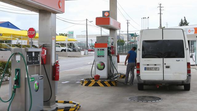 Impostos e biocombustíveis encarecem combustíveis em Portugal