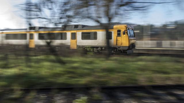 Autarcas querem comboio a rasgar região norte de Leixões à fronteira