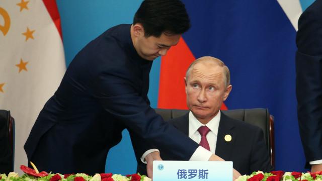 Vladimir Putin disponível para se encontrar com Donald Trump