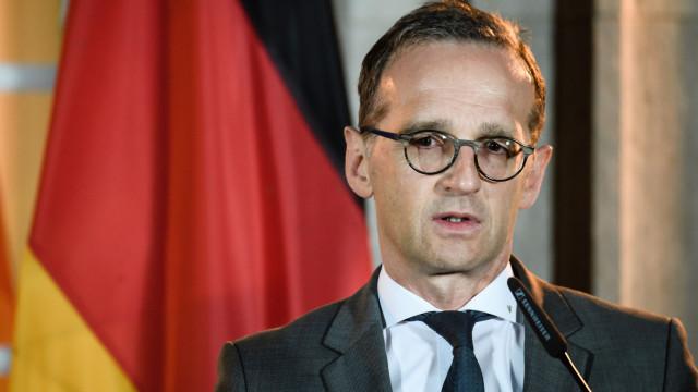 Ministro alemão diz que UE deve reajustar relação com EUA