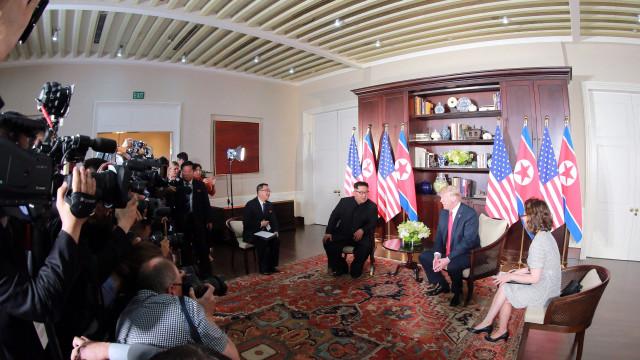 Kim Jong-un defende que desnuclearização depende do fim do antagonismo