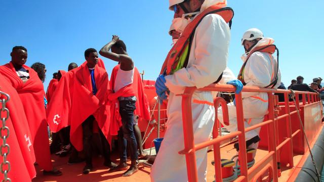 Guardia Civil resgatou hoje 55 migrantes no sul de Espanha