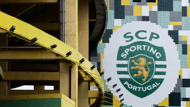 Sporting entrega aos núcleos plataforma online para compra de bilhetes
