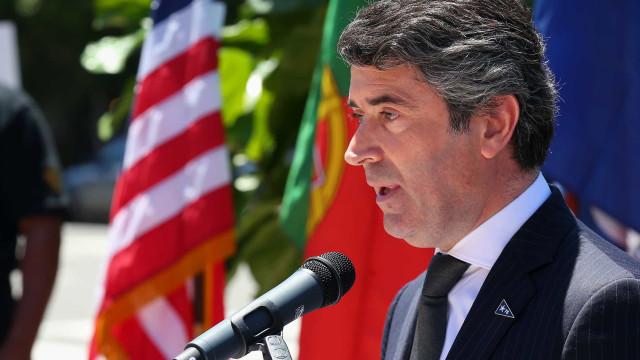 Governo pede o regresso de emigrantes a Portugal