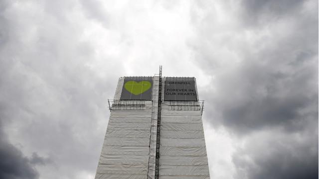 Português julgado por ter fingido ser vítima do fogo da Torre Grenfell