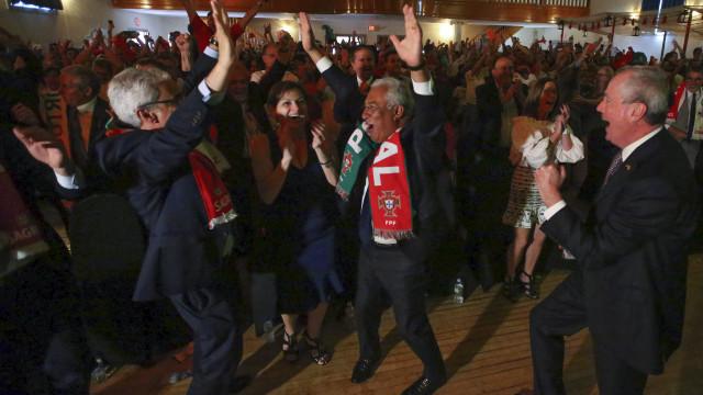 """António Costa radiante com seleção nacional que """"não desiste"""""""