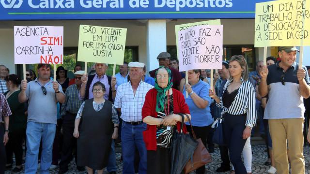 Castelo Branco: Três centenas de pessoas protestaram contra fecho da CGD
