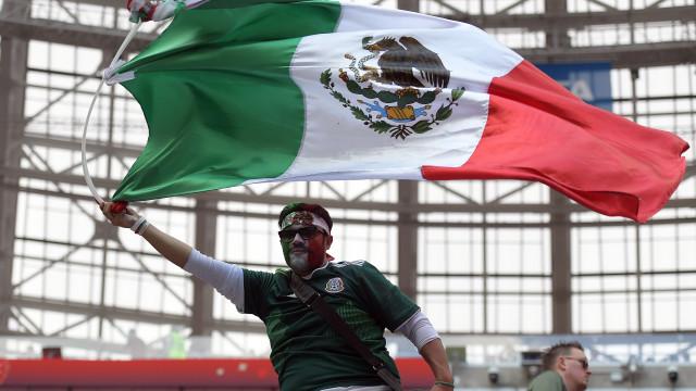 FIFA processa federação mexicana por cânticos homofóbicos